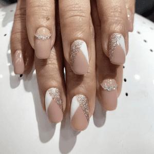 Do up 'em nails